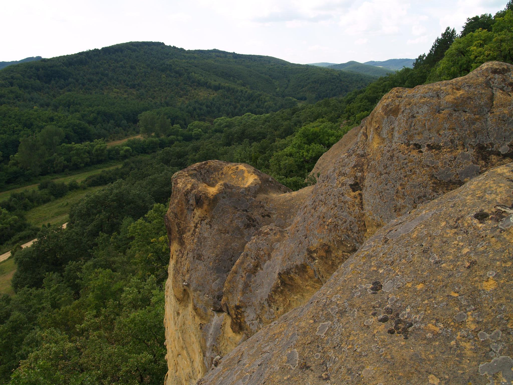 Ivád, Nagy-Lyukas-kő