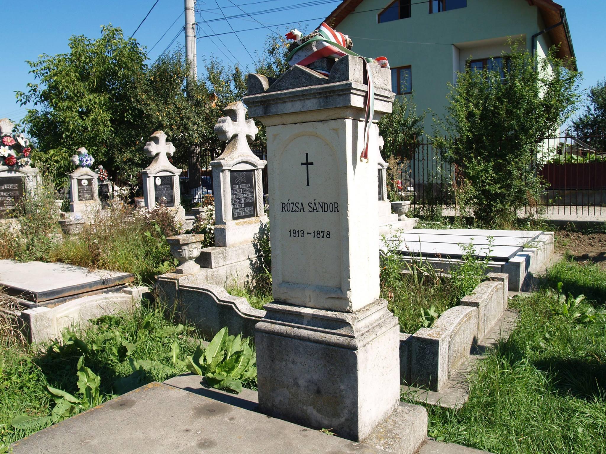 Szamosújvár, Rózsa Sándor sírja (Erdély)