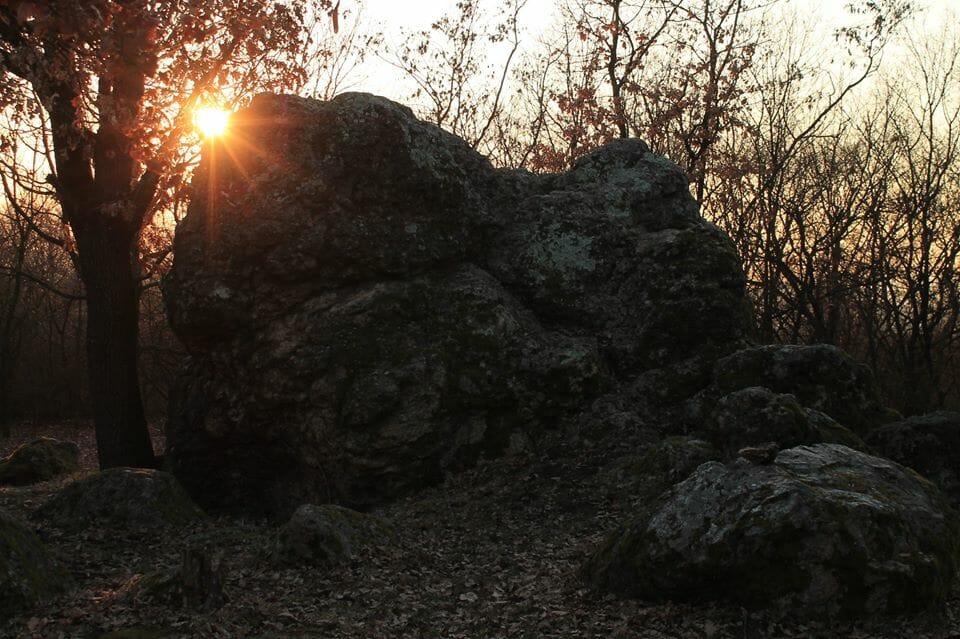 Gyöngyössolymos, Bába-kő