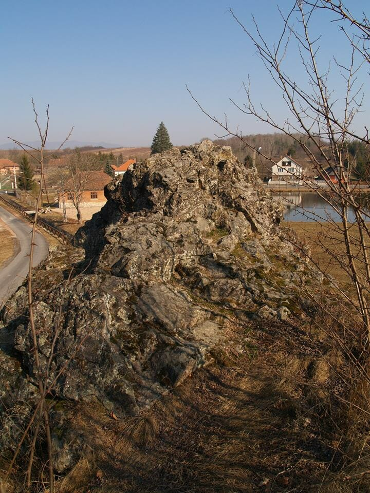 Bózsva, Bózsvai-szikla
