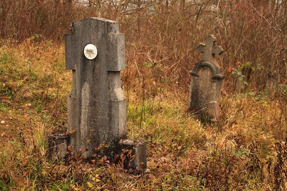 Gyűrűfű, egykori temető