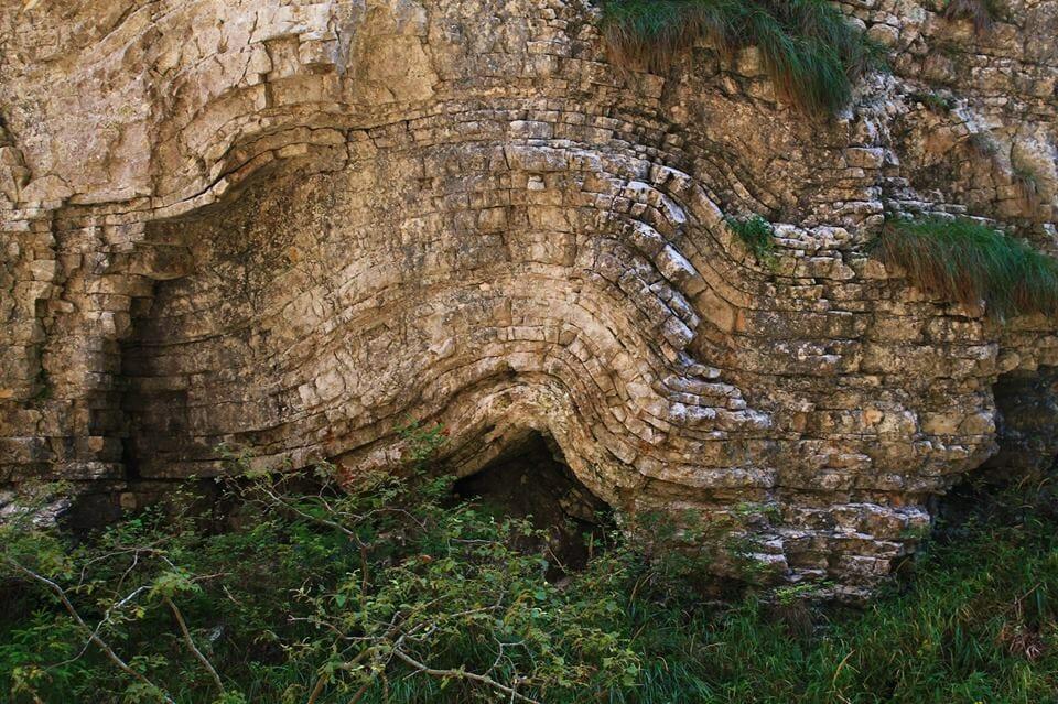 A Királykő és a hegységképződés esete