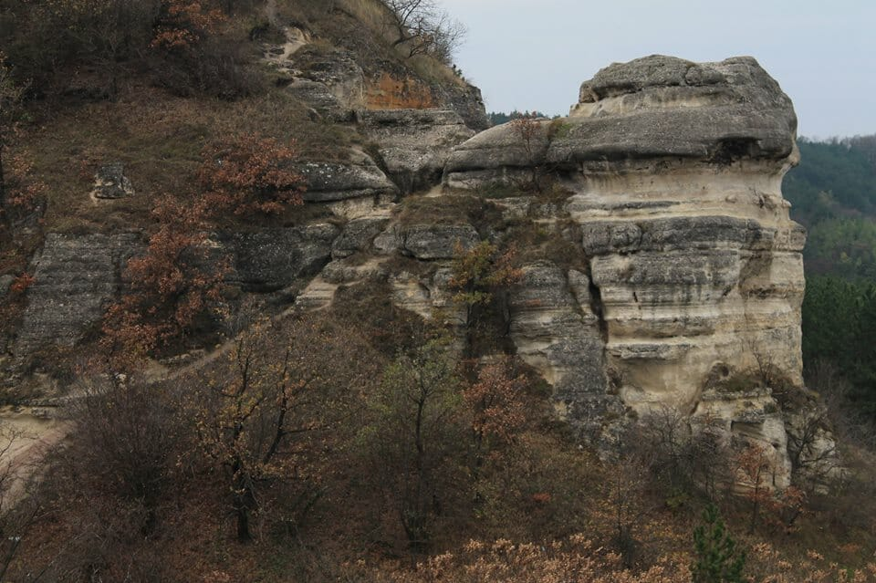 Biatorbágy, Nyakas-kő