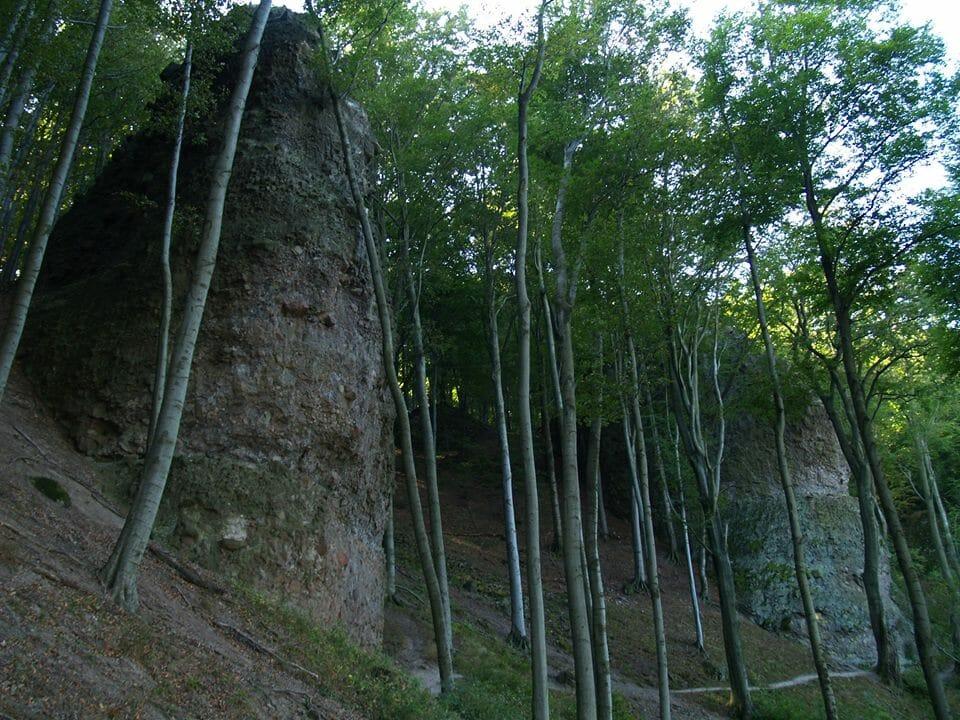 Dobogókő, Thirring-sziklák