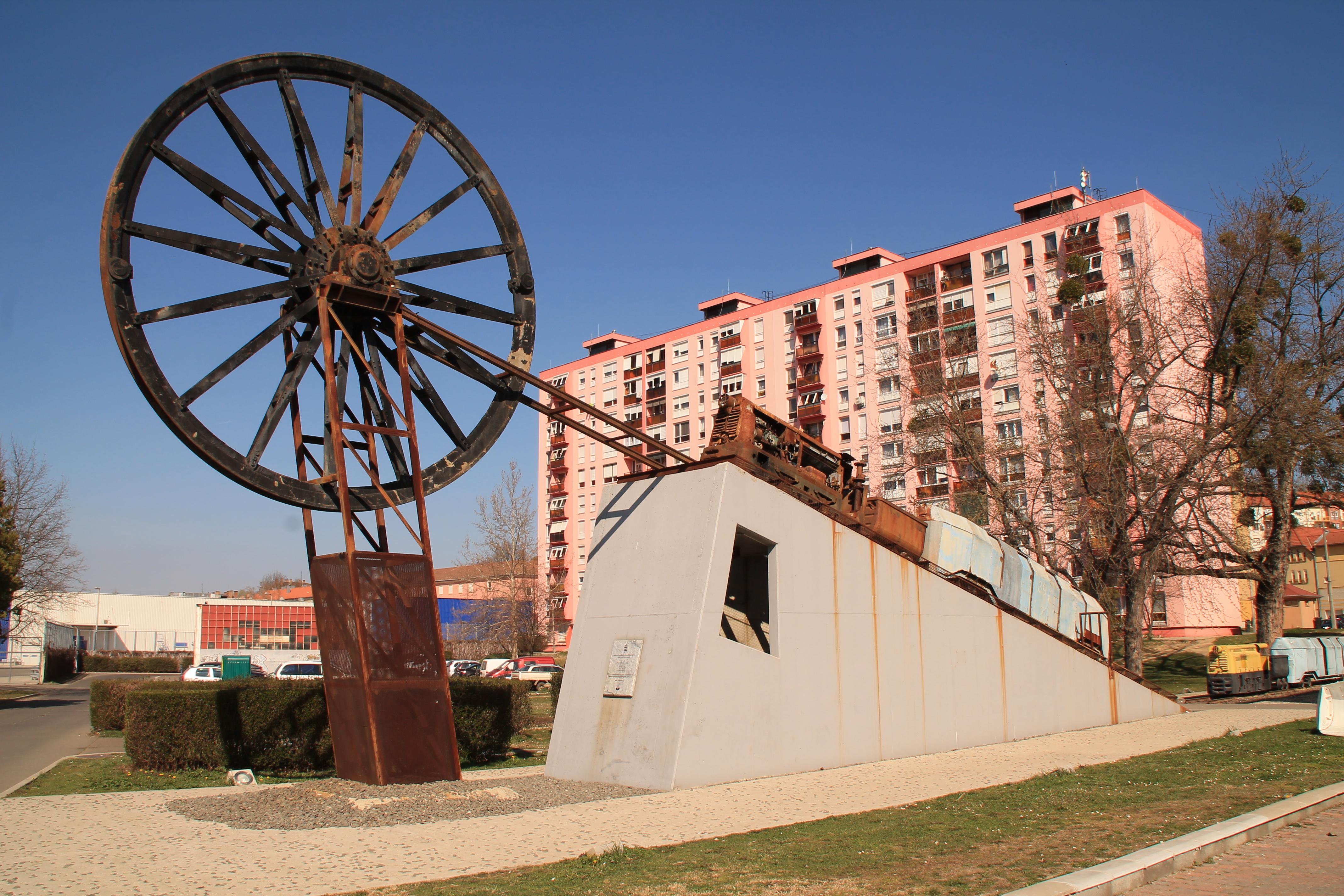 Komló, bányászati emlékmű