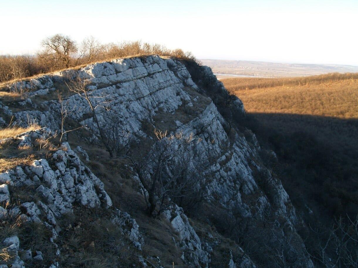 A bajóti Öreg-kő földtudományi értékei